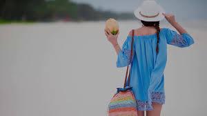 the essential beach packing list smartertravel