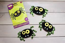 halloween spider garland crafts unleashed