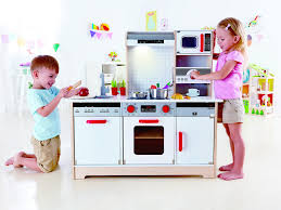 Best Play Kitchen For Toddler Boy