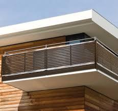 balkon gitter die besten 25 balkongeländer metall ideen auf