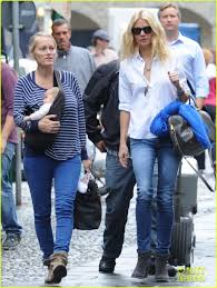 chris martin and gwyneth paltrow wedding gwyneth paltrow u0026 chris martin portofino with the kids photo