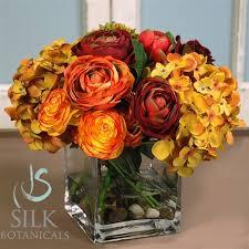 roses centerpieces ranunculus hydrangea roses centerpiece in square glass vase 10