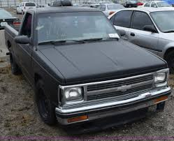 kens truck sales 1992 gmc sonoma pickup truck item i8546 sold city of wi