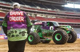 houston monster truck show 2015 monster jam at the reliant stadium san antonio express news