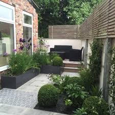 clever ideas around the house small terraced front garden
