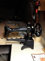 this is an early 1900 u0027s singer sewing machine model 29 4 this is