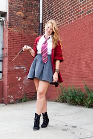 potter con brooklyn harry potter costumes for adults hogwarts