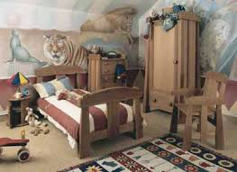 step right up toddler bedroom decorating idea howstuffworks