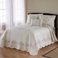 Ivory Quilted Bedspread Amazon Com Nostalgia Home Amber Bedspread Home U0026 Kitchen