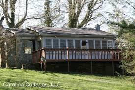 Carolina Cottages Hendersonville Nc by 128 Mccarson Drive Hendersonville Nc 28739 Hotpads