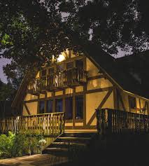Moonlighting Landscape Lighting Landscape Lighting Trends That Will Be In And Out For 2018