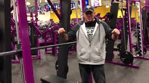How Much Does Bench Bar Weigh Planet Fitness Smith Machine How To Use The Smith Machine For