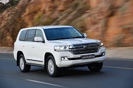 toyota land cruiser 2017 toyota land cruiser 200 v8 specs 2015 2016 2017 autoevolution