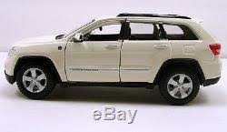 2011 jeep grand white 2011 jeep grand laredo suv 124 scale diecast model white m68