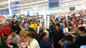 tv best deals black friday walmart crazy fight over a tv wal mart black friday 2013 youtube