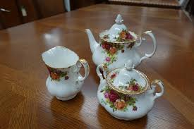country roses tea set royal albert country roses tea set antiques melbourne