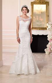 wedding dress no illusion bateau neck backless mermaid lace wedding dress