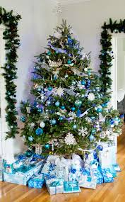 Blue And Silver Christmas Tree - blue and silver snowflake christmas decor