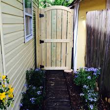 how to build a building fence fence gate beautiful how to build a picket fence gate wood