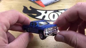 matchbox chevy silverado matchbox 2014 chevy silverado 60 second review youtube