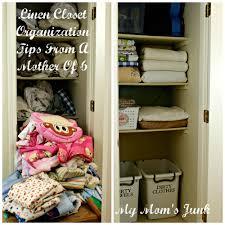 linen closet organization tips from a mother of 6 my mom u0027s junk