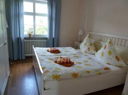 Schlafzimmer Betten H Fner Apartment Altes Pfarrhaus Deutschland Köwerich Booking Com