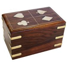 card accessories gifts for card players