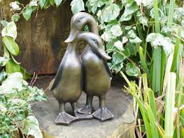 vintage duck garden statue sculpture pair of ducks decorative
