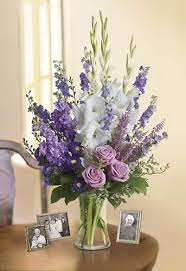 flowers for funeral services best 25 flower arrangements for funeral ideas on
