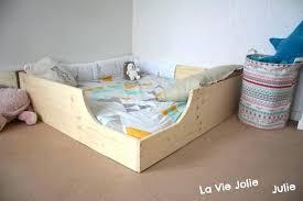 bébé dort dans sa chambre bebe chambre seul utoo me