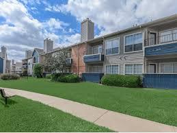 2 bedroom apartments arlington tx huntington meadows rentals arlington tx apartments com