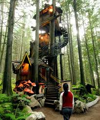 famous tree houses the world s coolest tree houses