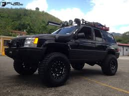 Grand Cherokee Off Road Tires Jeep Grand Cherokee Lethal D567 Gallery Fuel Off Road Wheels