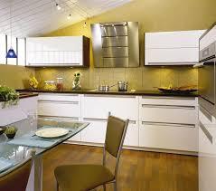 plan de travail cuisine blanc laqué plan de travail laqu blanc brillant modle rendezvous couleur