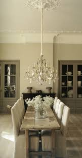 i love the perfect symmetry of this room and table everything is