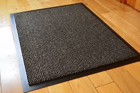 kitchen usual model and black color for rubber kitchen mats on