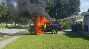 totaled jeep grand cherokee an exploding smartphone probably destroyed this guy u0027s jeep vice