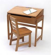 Small Kid Desk Small Childs Desk Study Environments For Small Es With Loft