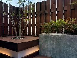 screening fence or garden wall u2013 102 ideas for garden design