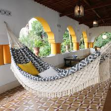 xl navy jacquard hand woven brazilian hammock this looks really xl navy jacquard hand woven brazilian hammock this looks really comfy outdoor hammockhammockshammock bedbrazilian
