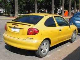 renault iran renault megane 1 6 2000 auto images and specification