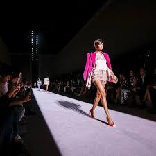 new york fashion week nyfw shows schedules front row reviews