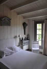 chambre en bois blanc unique chambre en bois blanc galerie salle d tude by 764612 adultes