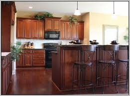 kitchen paint colors to match maple cabinets painting 23980