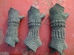 crochet pattern knight helmet free free crochet pattern for texting mittens manet for