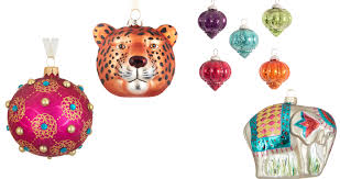 4 ways to transform your tree with beautiful baubles