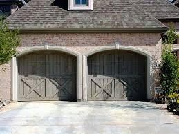 Barn Garage Doors Best 25 Carriage Style Garage Doors Ideas On Pinterest Carriage