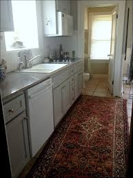 Rugs For Hardwood Floors by Kitchen Rug In Kitchen With Hardwood Floor Bedroom Rugs Gray