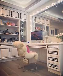 Vanity Station Giant Mirror 19 Epic Vanity Table Ideas That Will Inspire Your