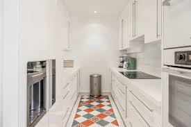 cuisine appartement parisien appartement de luxe triangle d or classique chic